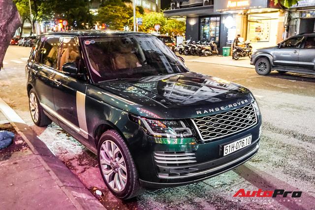 Range Rover Autobiography 2019 màu độc trực rỡ trên đường phố Sài Gòn - Ảnh 6.