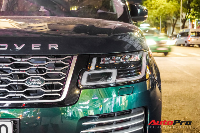 Range Rover Autobiography 2019 màu độc trực rỡ trên đường phố Sài Gòn - Ảnh 7.