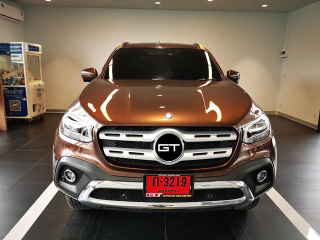 Nissan Terra lột xác thành Mercedes-Benz 'sang chảnh' với chi phí 260 triệu đồng nhưng một chi tiết xuất hiện gây tranh cãi - Ảnh 1.