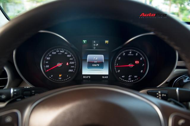 Bán xe sau 10.000 km, chủ nhân Mercedes-Benz GLC 200 chỉ lỗ tiền lăn bánh - Ảnh 7.