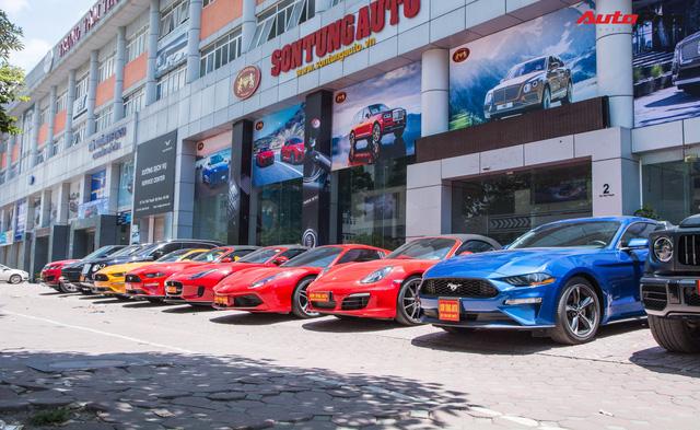 Dàn siêu xe, xe thể thao và xe siêu sang trị giá cả trăm tỷ diễu hành trên phố Hà Nội - Ảnh 5.
