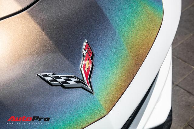 Chevrolet Corvette C7 Stingray đổi màu độc đáo - Cách đại gia Hà Nội tạo sự chú ý tại Sài Gòn - Ảnh 3.