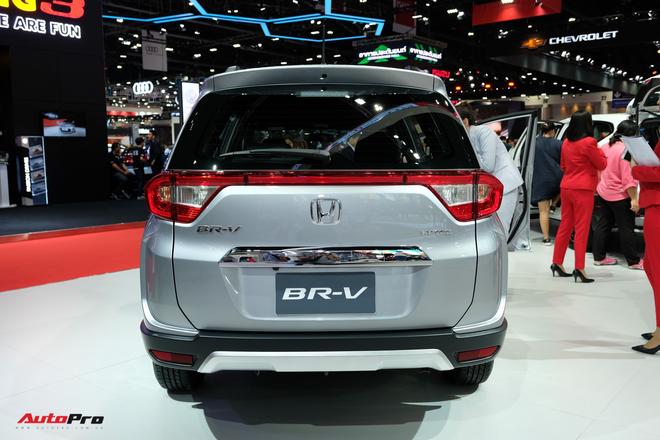 Đuôi xe Honda Brio 2020 màu bạc   Honda Ô Tô Tây Hồ - 084 627 9999