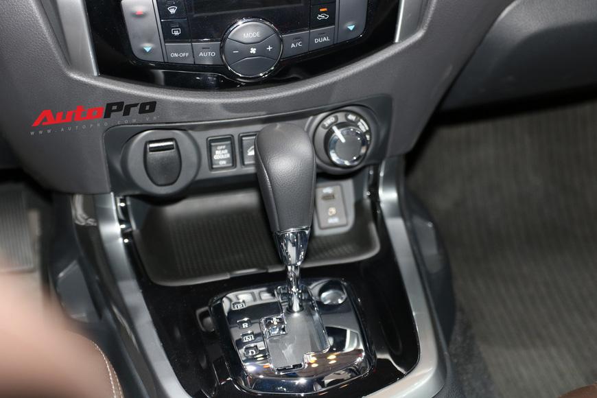 Cận cảnh Nissan Terra - SUV 7 chỗ tham vọng soán ngôi Toyota Fortuner tại Triển lãm Ô tô Việt Nam 2018 - Ảnh 13.