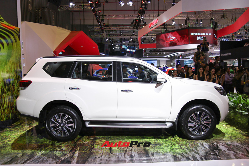 Cận cảnh Nissan Terra - SUV 7 chỗ tham vọng soán ngôi Toyota Fortuner tại Triển lãm Ô tô Việt Nam 2018 - Ảnh 3.