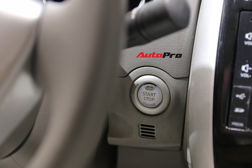 Cận cảnh Nissan Sunny facelift 2018 hứa hẹn đe dọa doanh số Toyota Vios trong nay mai - Ảnh 16.