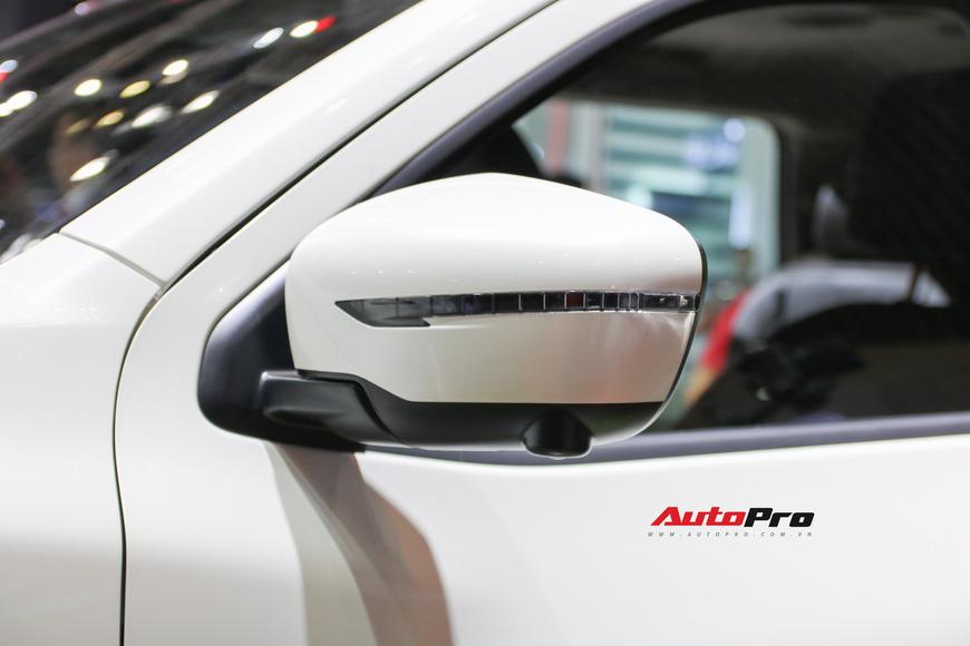 Cận cảnh Nissan Terra - SUV 7 chỗ tham vọng soán ngôi Toyota Fortuner tại Triển lãm Ô tô Việt Nam 2018 - Ảnh 7.