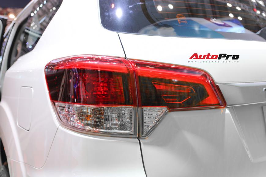 Cận cảnh Nissan Terra - SUV 7 chỗ tham vọng soán ngôi Toyota Fortuner tại Triển lãm Ô tô Việt Nam 2018 - Ảnh 8.