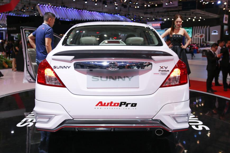 Cận cảnh Nissan Sunny facelift 2018 hứa hẹn đe dọa doanh số Toyota Vios trong nay mai - Ảnh 6.