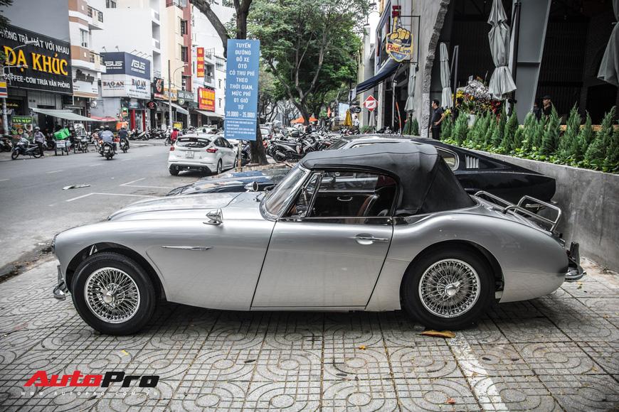 Hàng hiếm Austin-Healey 3000 Mk II 55 năm tuổi của dân chơi Sài Gòn - Ảnh 10.