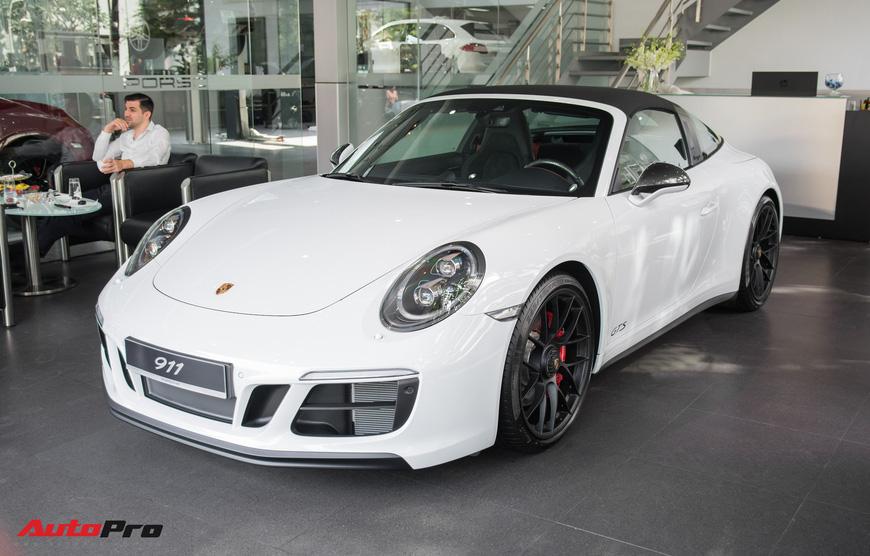 Khám phá Porsche 911 Targa 4 GTS đầu tiên Việt Nam, giá trên 11 tỷ đồng - Ảnh 4.