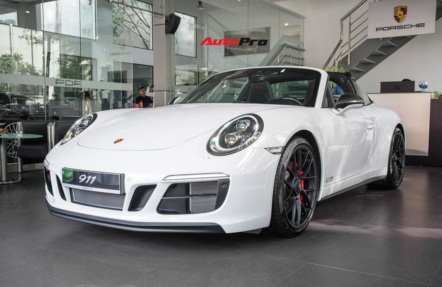 Khám phá Porsche 911 Targa 4 GTS đầu tiên Việt Nam, giá trên 11 tỷ đồng - Ảnh 2.