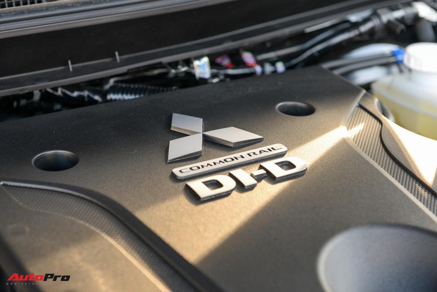 Đánh giá nhanh Mitsubishi Triton 2019 - Cuộc lột xác tất tay và tham vọng 15% thị phần tại Việt Nam - Ảnh 7.