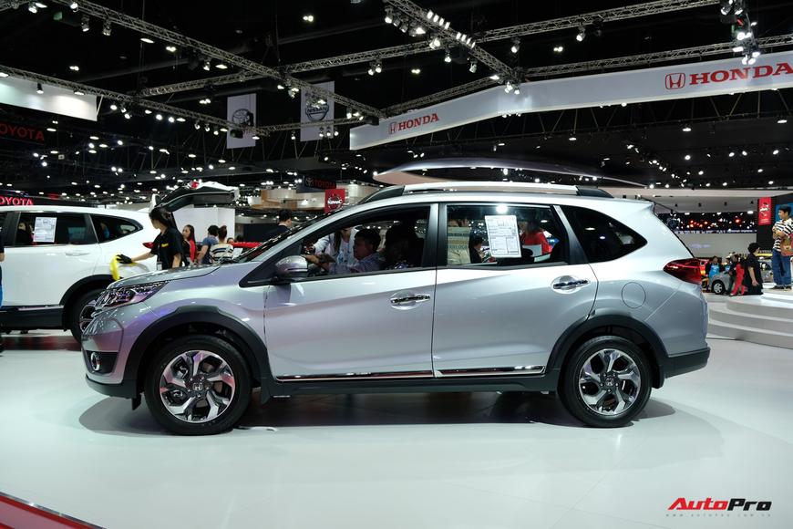 Đánh giá nhanh Honda BR-V: MPV 7 chỗ mới sắp cạnh tranh Mitsubishi Xpander tại Việt Nam - Ảnh 10.