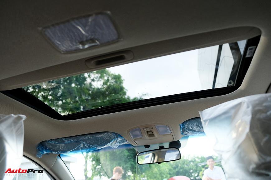 Cận cảnh Hyundai Elantra 2019 giá từ 580 triệu đồng đã về đại lý, phả hơi nóng lên Kia Cerato - Ảnh 16.
