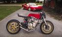 Honda CB600F dùng iPhone làm đồng hồ, độ theo phong cách Ferrari