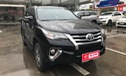 """Toyota Fortuner """"lướt"""" bán chính hãng ngang giá xe mới"""