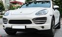 Sở hữu nội ngoại thất như mới, Porsche Cayenne Turbo 6 năm tuổi có giá gần 2 tỷ đồng