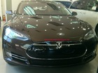 """""""Xe an toàn nhất"""" Tesla Model S tại Sài Gòn có gì đặc biệt?"""