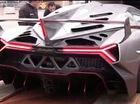Công việc áp lực: Đưa siêu xe Lamborghini Veneno vào thùng xe tải