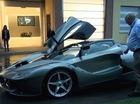"""Nhà sưu tập Ferrari nổi tiếng nhận siêu phẩm LaFerrari """"đập hộp"""""""