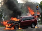 """Ford Everest thế hệ mới """"chết cháy"""" dưới tay phóng viên thử xe"""