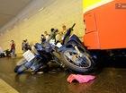 Vụ xe bus đâm loạt xe máy trú mưa trong hầm Kim Liên và bài học