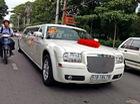Bắt gặp Chrysler 300 Touring Limousine dài gần 9 mét tại Sài Gòn