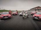 """Xe đua Honda RC213V thử tài """"hàng hot"""" Civic Type R"""