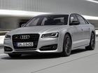 Audi S8 Plus 2016 có giá khởi điểm 114.900 USD