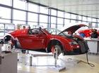"""""""Đột nhập"""" dây chuyền sản xuất """"ông hoàng tốc độ"""" Bugatti Veyron"""