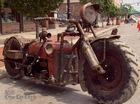 Biker tự chế mô tô độc từ máy kéo cũ