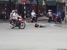 Hà Nội: Hai người phụ nữ nằm ra giữa đường đòi tự tử