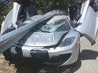 Rúc dưới dải ta-luy, siêu xe McLaren 12C bẹp nóc