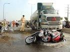 Sài Gòn: Xe bồn đâm liên tiếp 6 xe máy đang chờ đèn đỏ
