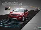 Jaguar Land Rover ra mắt công nghệ cảnh báo có ổ gà