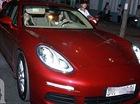 Chán Lexus, ca sỹ Minh Hằng tậu Porsche Panamera đỏ nổi bật