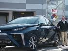 Toyota muốn chế tạo xe chạy bằng...phân bò