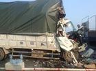 Ô tô tải húc đuôi xe ben đỗ trên cầu Thanh Trì, 1 người tử vong