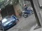 Trộm phụ tùng ôtô tung hoành trên phố
