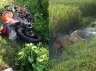 Hà Nội: Đâm vào 4 cột mốc bên đường, biker 25 tuổi tử vong