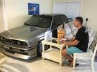 """Chevrolet Corvette """"chết đuối"""", BMW M3 nằm trong phòng khách vì bão Matthew"""