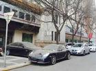 Porsche Boxster nằm chắn lối đi của BMW 5-Series trong hơn 1 năm