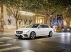 Vén màn Mercedes-Benz E-Class LWB thế hệ mới, dài hơn cả S-Class