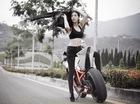 Nữ biker Thái Lan khoe đường cong bên mô tô KTM 1190 RC8R