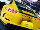 """""""Bố nhà người ta"""" tặng xe thể thao Porsche 911 R cho con trai 13 tuổi"""