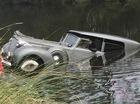 """Một trong những chiếc Rolls-Royce hiếm nhất biến thành """"tàu ngầm"""""""