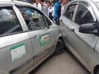Hà Nội: Va chạm giao thông, taxi đuổi xe máy, đâm 3 ô tô