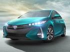 """Choáng với Toyota Prius Prime 2017 """"ăn"""" xăng ít hơn cả xe máy số"""