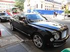 """Bộ đôi xe siêu sang 30 tỷ Đồng """"thả dáng"""" trên con phố đắt đỏ nhất Sài thành"""